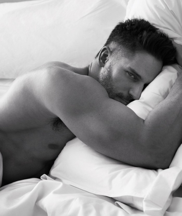 jonathan-rhys-meyers-goes-shirtless-in-bed-for-w-magazine-02