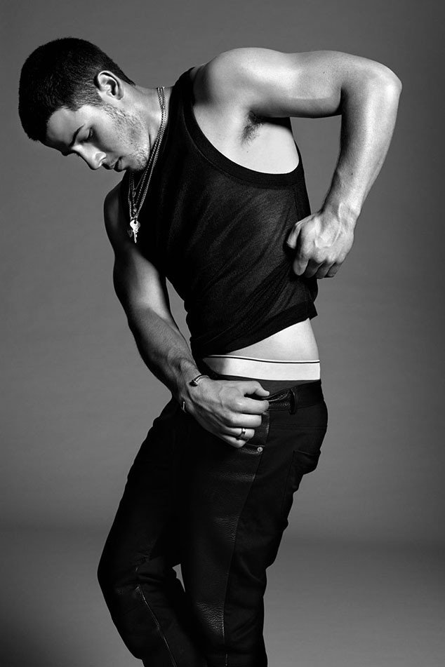 rs_634x951-141002062907-634-nick-jonas-flaunt-jr4-100214
