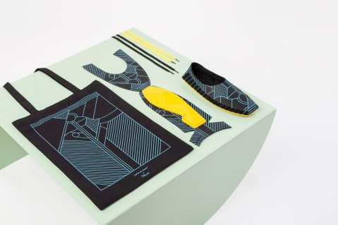 supermundane-pikkpack-screen-printed-slip-on